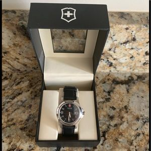 NWOT Victorinox Swiss Unisex Watch